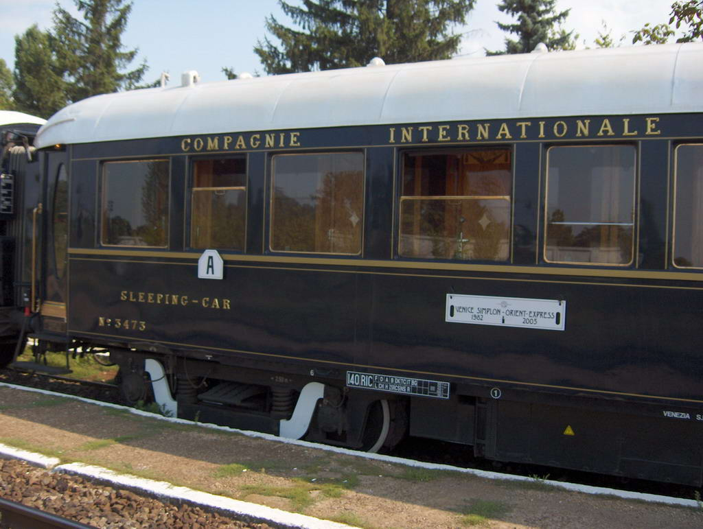 http://railfaneurope.net/pix/CIWL/WL/Lx/3466-3495/OE_3473_A.jpg