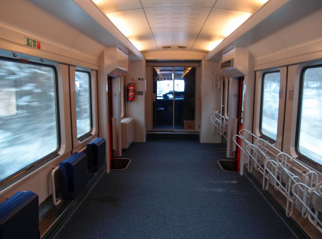 http://railfaneurope.net/pix/de/car/IC%2BIR/Bpmbdzf/interior/61_80_80-91_118-2_i1.jpg